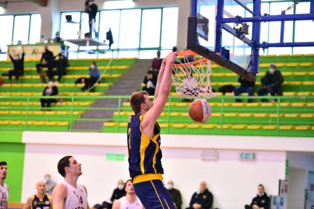 Rossella Virtus Civitanova – Sutor Basket Montegranaro 67-60